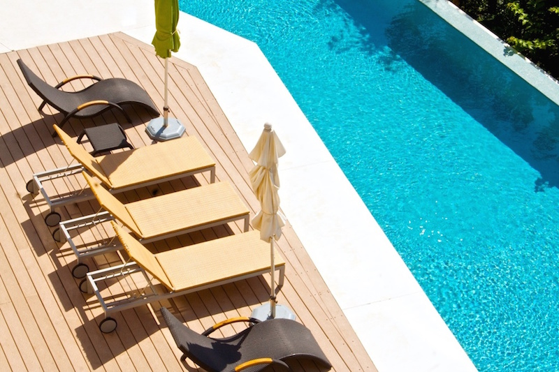 Cosmo pool deck loungers