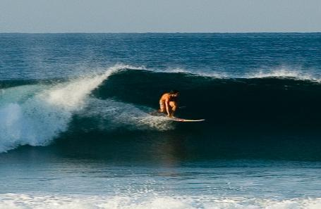 puerto-escondido-surfing