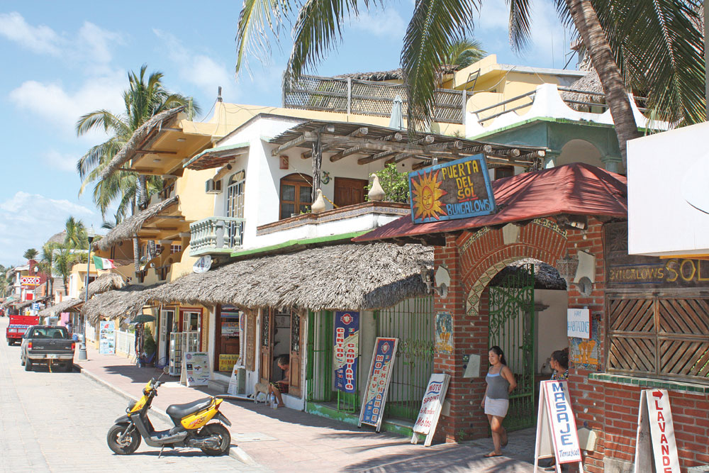 puerto-escondido-zicatela-shops