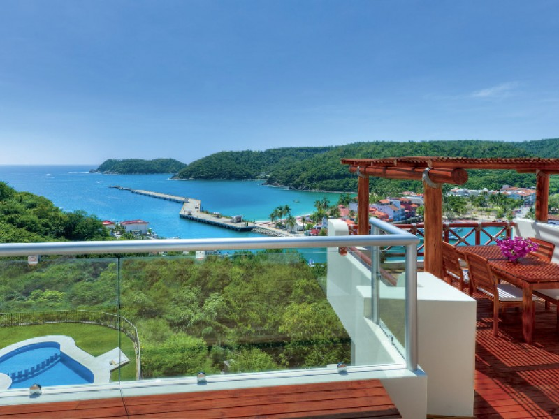property in huatulco